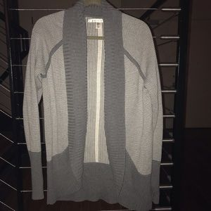 Max Studio Gray & White Cardigan